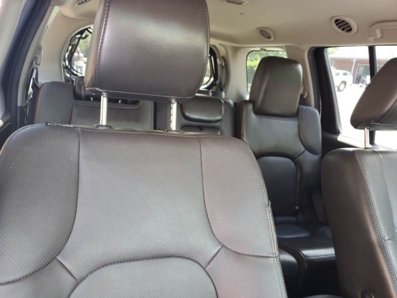 Nissan Pathfinder 2012 price $11,999