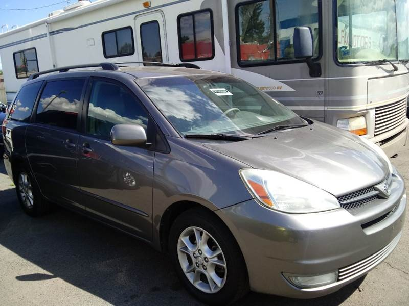 Toyota Sienna 2004 price $4,500