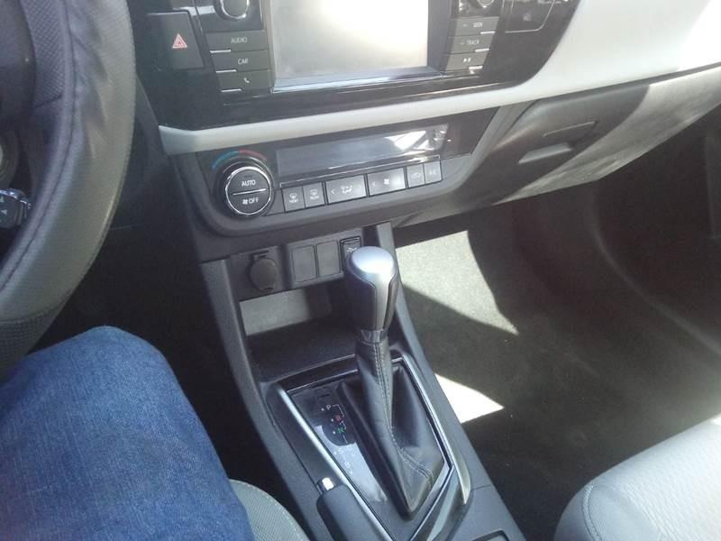 Toyota Corolla 2014 price $9,800