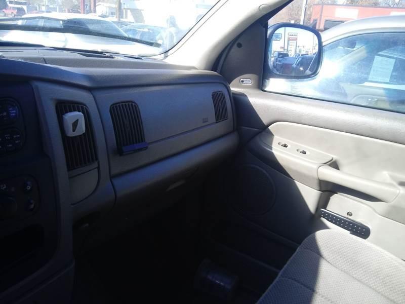 Dodge Ram Pickup 1500 2003 price $4,800