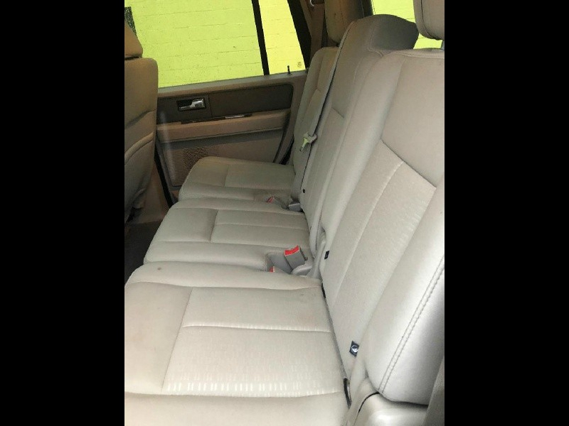 Ford Expedition 2011 price $10,900