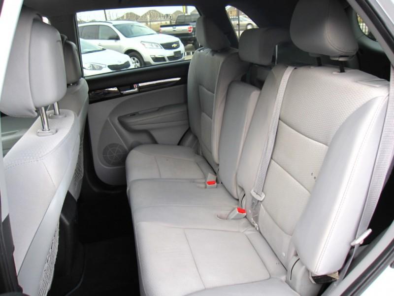 Kia Sorento 2013 price $7,495
