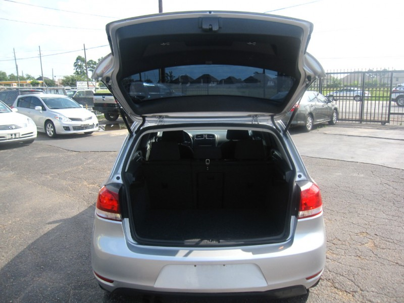 Volkswagen Golf 2013 price $8,495