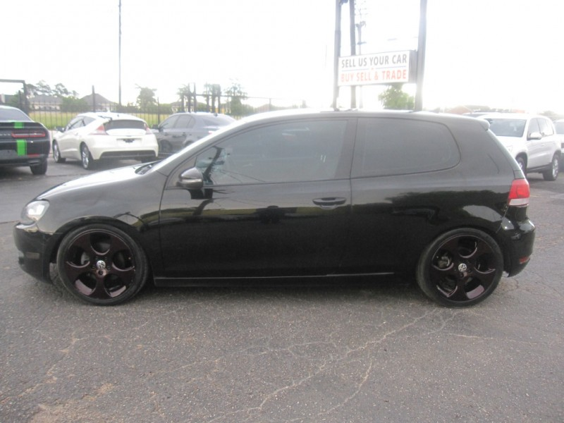 Volkswagen Golf 2011 price $8,995