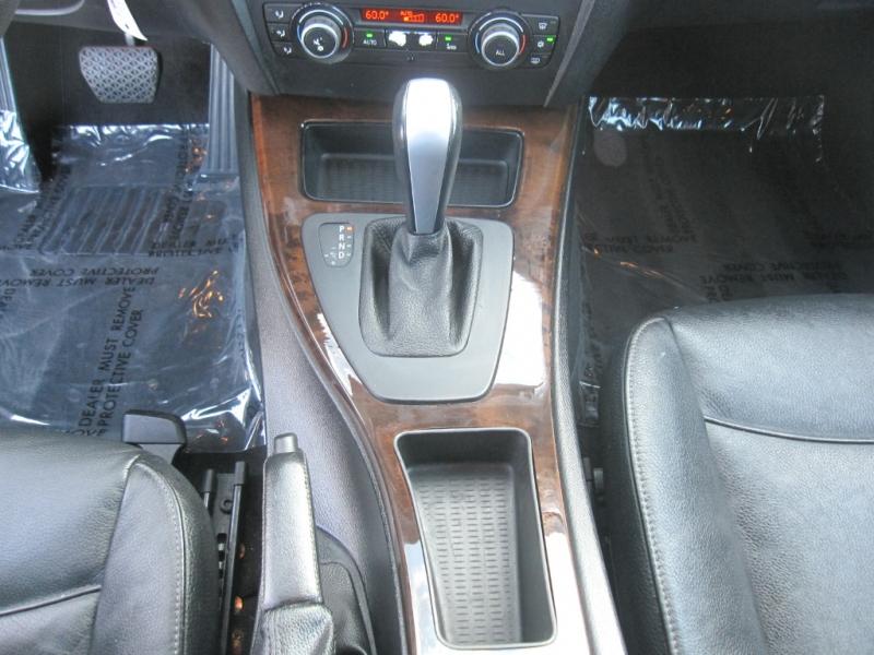 BMW 3-Series 2011 price $7,995