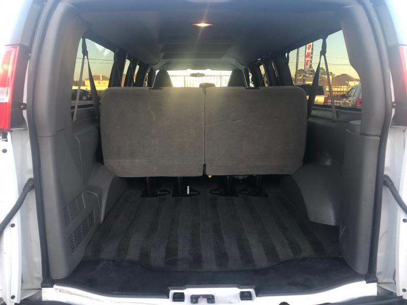 Chevrolet Express Passenger 2017 price $20,995