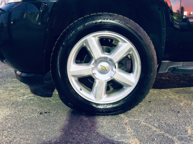 Chevrolet Suburban 2007 price $7,995