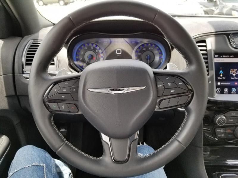 Chrysler 300 2017 price $0