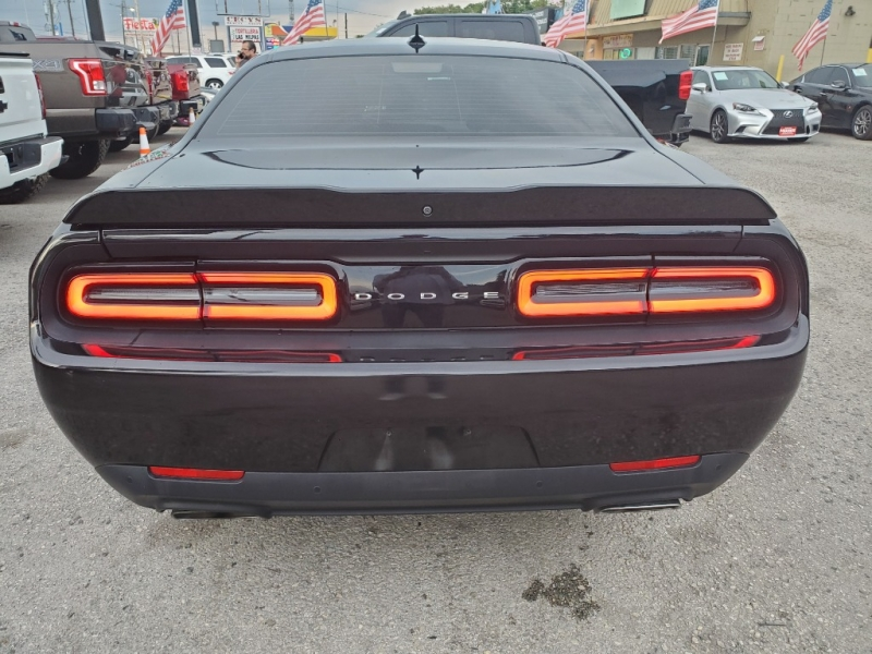 Dodge Challenger 2015 price