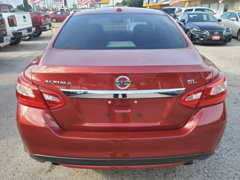 Nissan Altima 2016 price