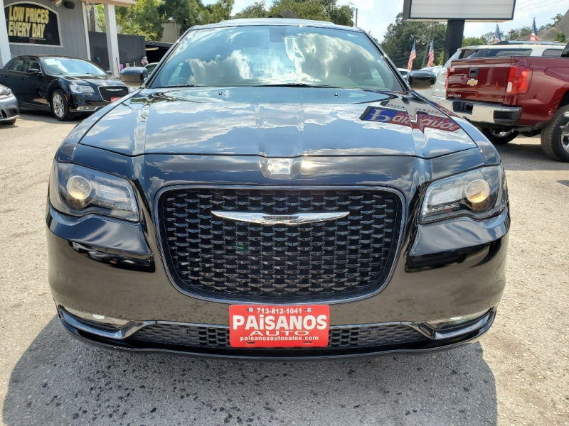 Chrysler 300 2017 price $0