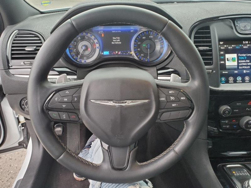 Chrysler 300 2017 price $25,495