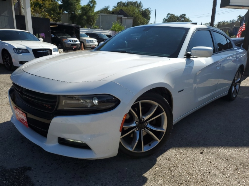 Dodge Charger 2015 price $25,995