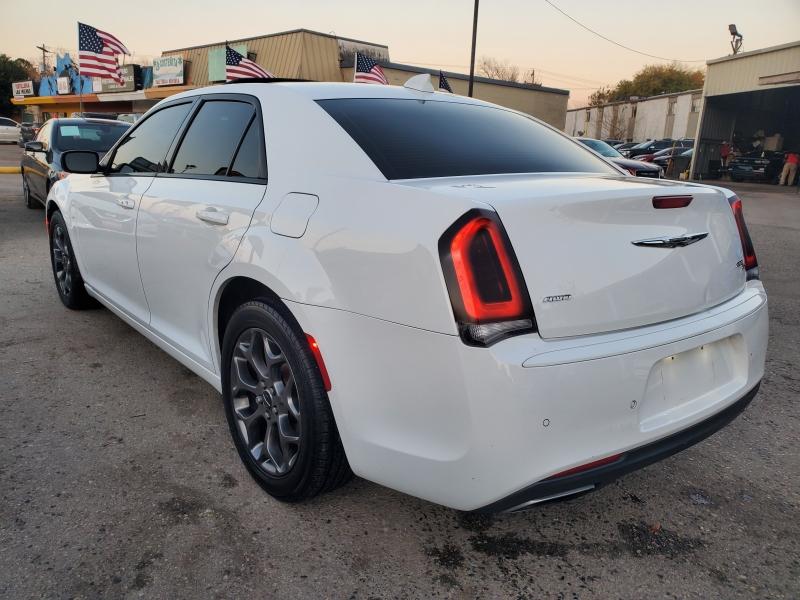 Chrysler 300 2015 price