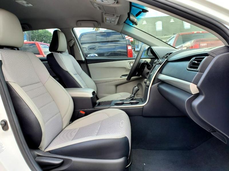 Toyota Camry 2016 price $17,995