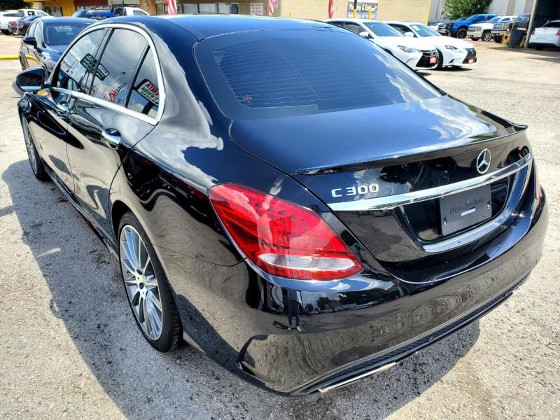 Mercedes-Benz C-Class 2017 price $26,995