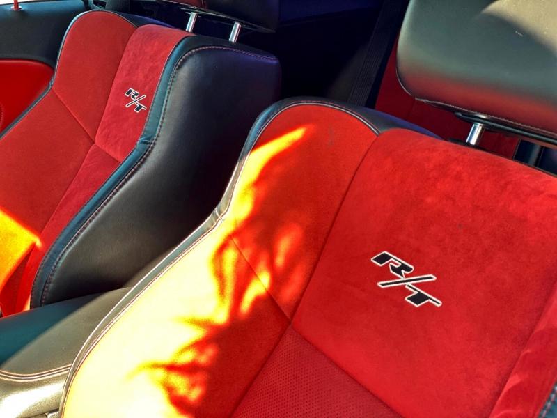Dodge Challenger 2015 price $23,560