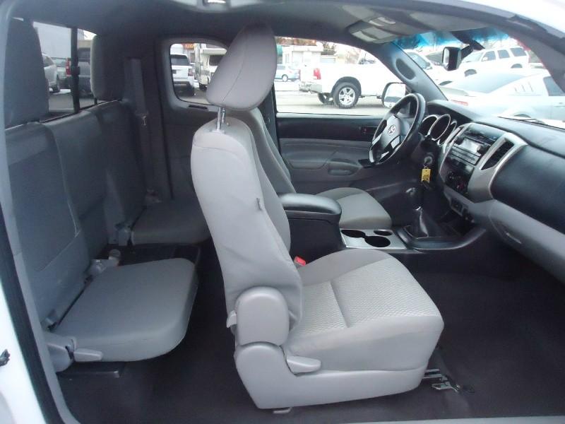 Toyota Tacoma 2012 price $12,995
