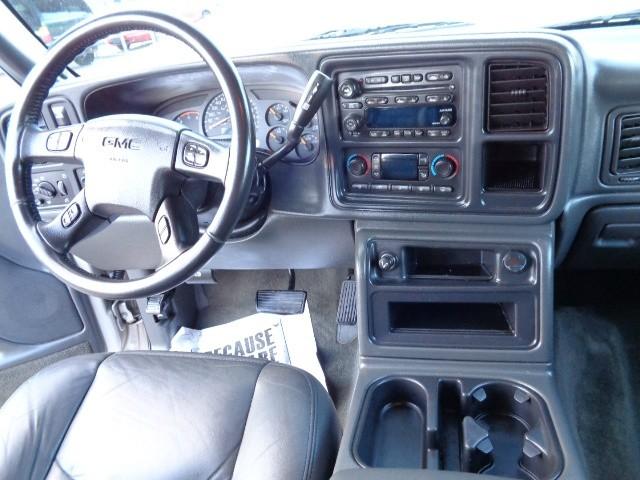 GMC Sierra 2500HD 2004 price $21,900