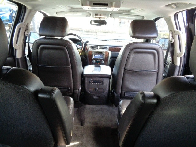 GMC Yukon XL 2013 price $23,988