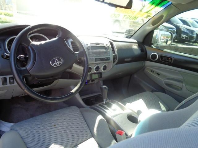 Toyota Tacoma 2010 price $17,899