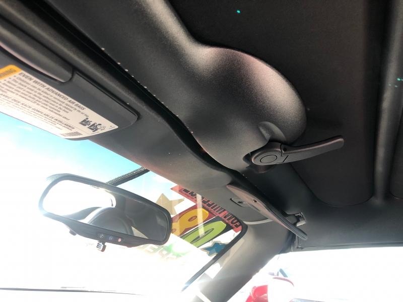 Pontiac Solstice 2008 price $10,200
