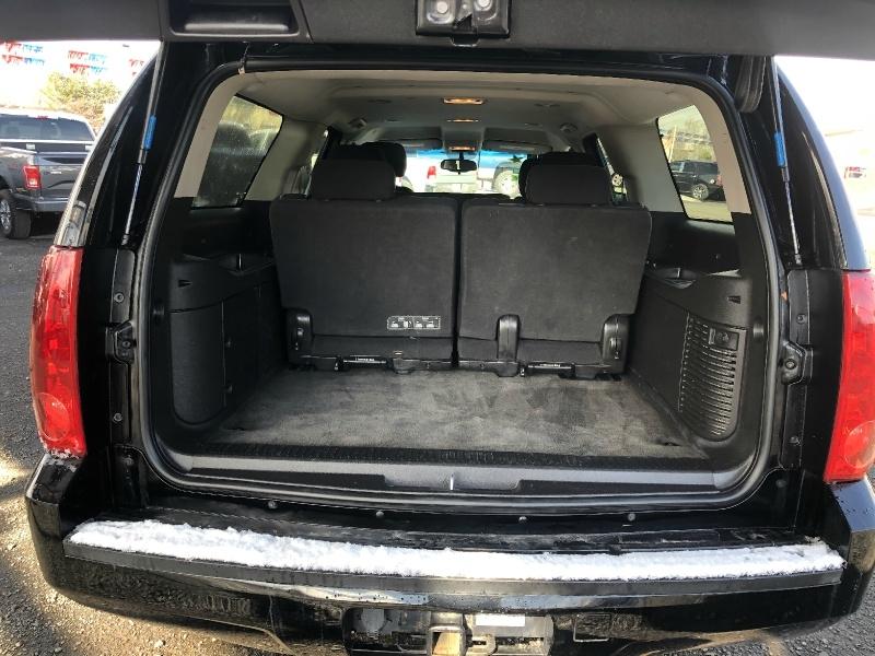 GMC Yukon XL 2011 price $22,500