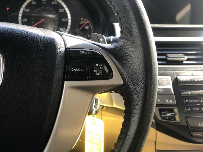 Honda Accord Cpe 2011 price $13,995