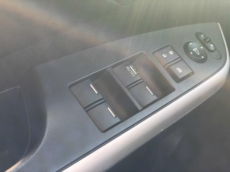 Honda CR-V 2012 price $16,795