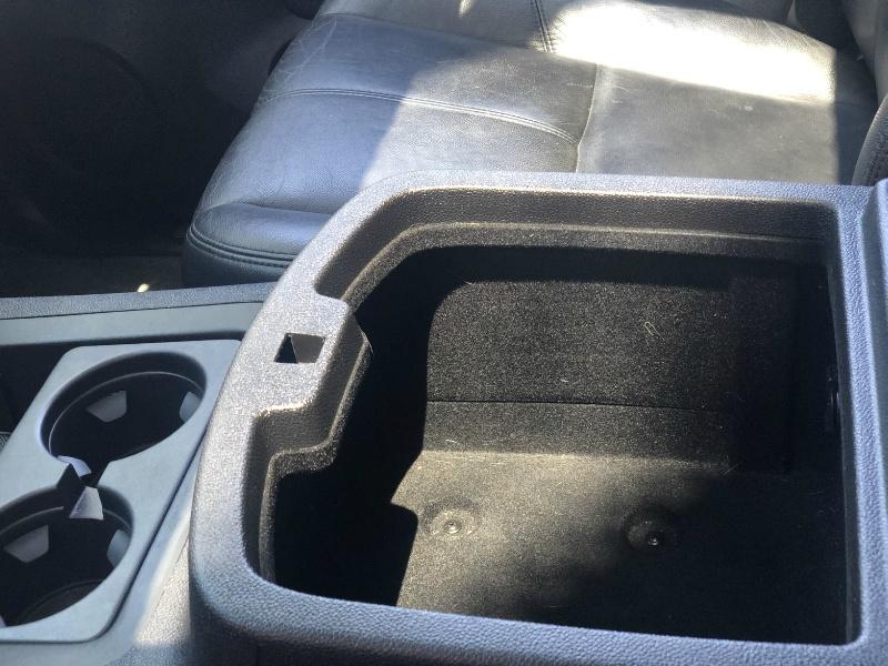 Chevrolet Suburban 2008 price $15,995