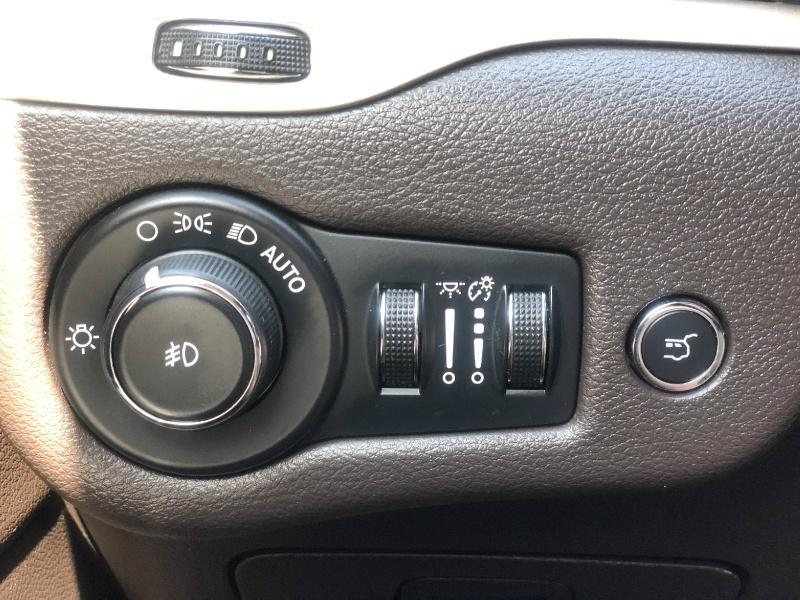 Jeep Cherokee 2015 price $23,500