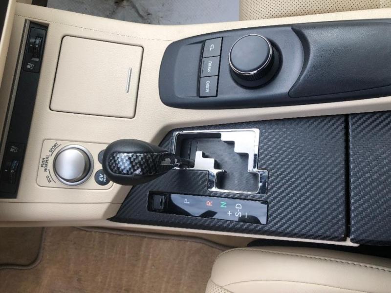 Lexus ES 300h 2014 price $22,888