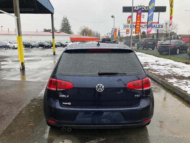 Volkswagen Golf 2015 price $15,888