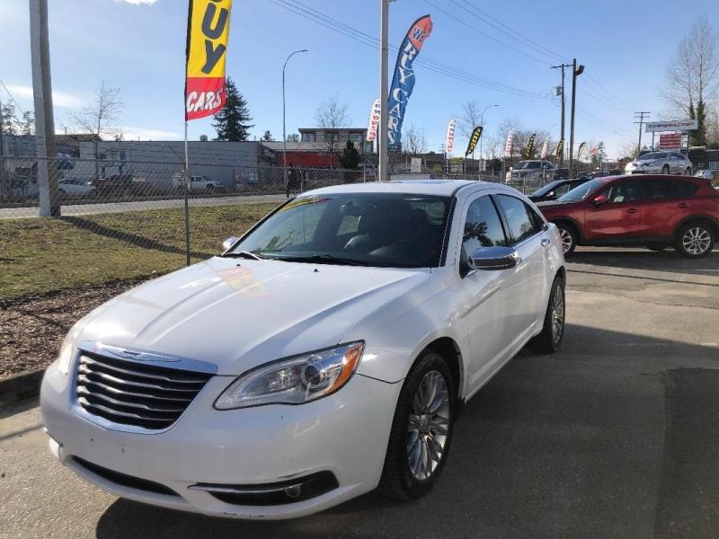 Chrysler 200 2014 price $7,888