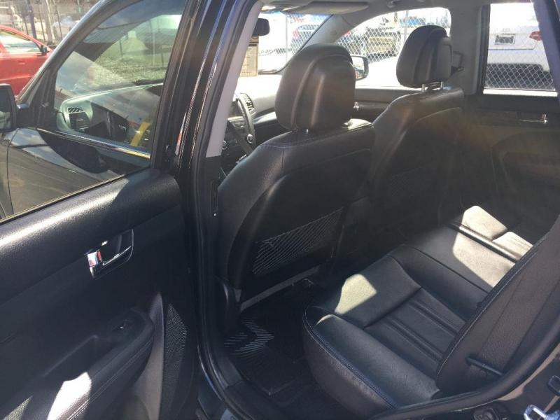 Kia Sorento 2013 price $13,888
