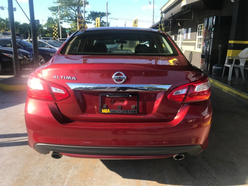 Nissan Altima 2016 price $10,895