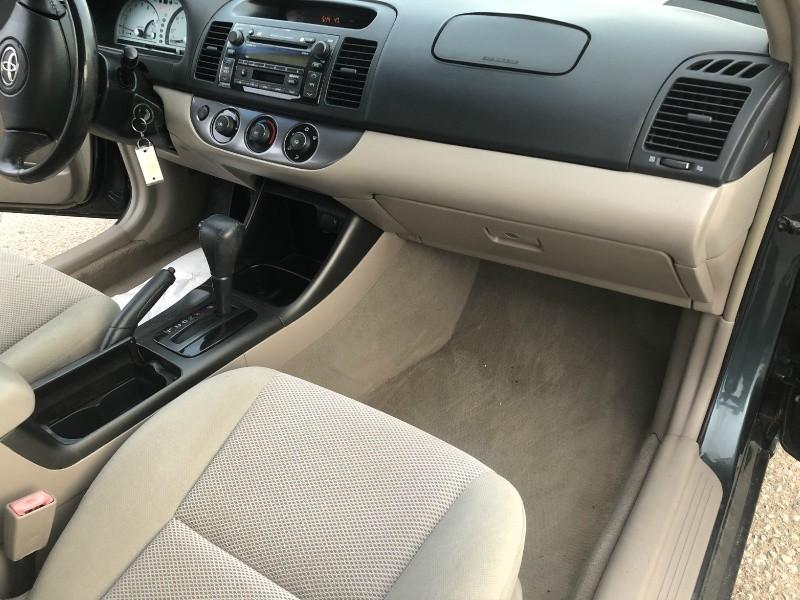 Toyota Camry 2003 price $4,395