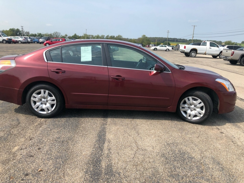 Nissan Altima 2010 price $4,395