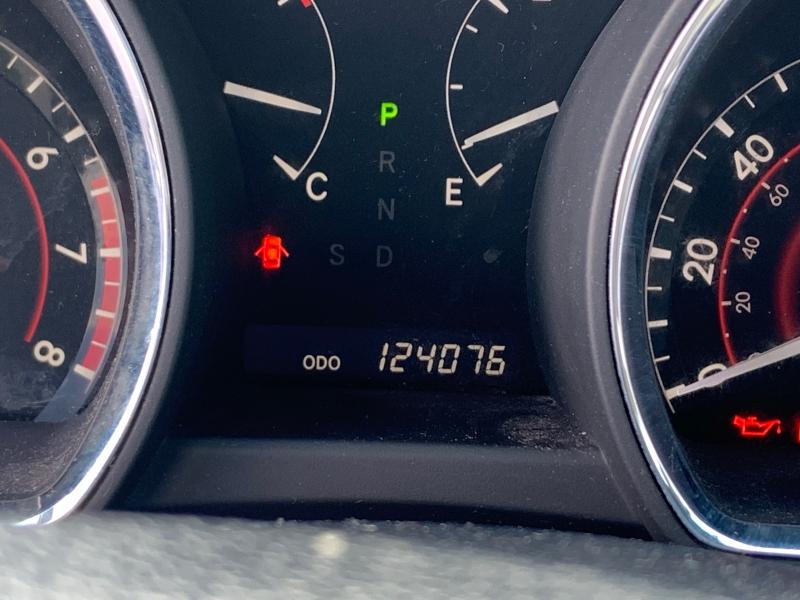 Toyota Highlander 2010 price $9,150