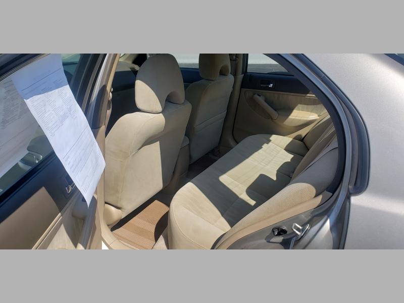 Honda Civic 2004 price $3,600
