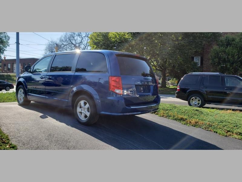 Dodge Grand Caravan 2011 price $7,300