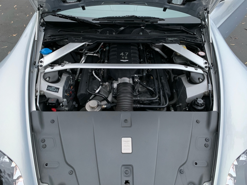 Aston Martin V8 Vantage 2011 price $59,800