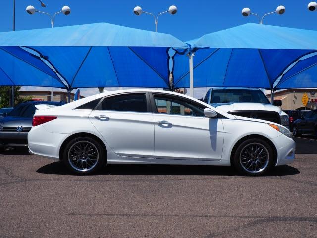 Hyundai Sonata 2012 price Call for Pricing.