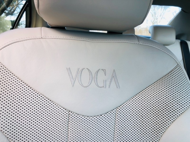 Mercury Milan Premier Voga Edition V6 2010 price $6,950