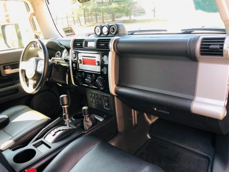 Toyota FJ Cruiser 4WD 2013 price $24,950