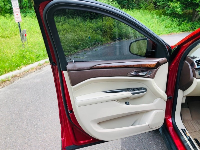 Cadillac SRX AWD Luxury Collection 2012 price $13,750