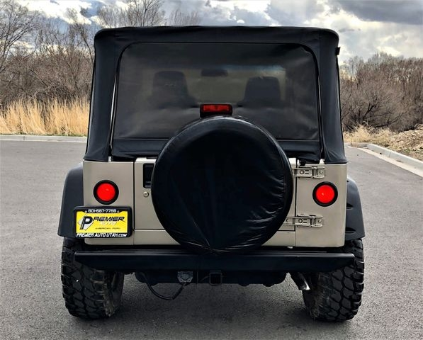 Jeep Wrangler 2005 price $9,995