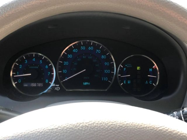 Toyota Sienna 2010 price $4,995