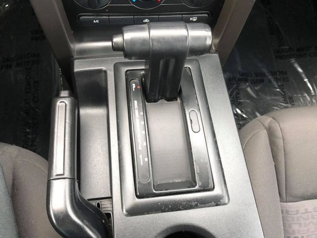 Ford Mustang 2005 price $5,500