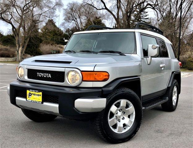 Toyota FJ Cruiser 2007 price $9,500